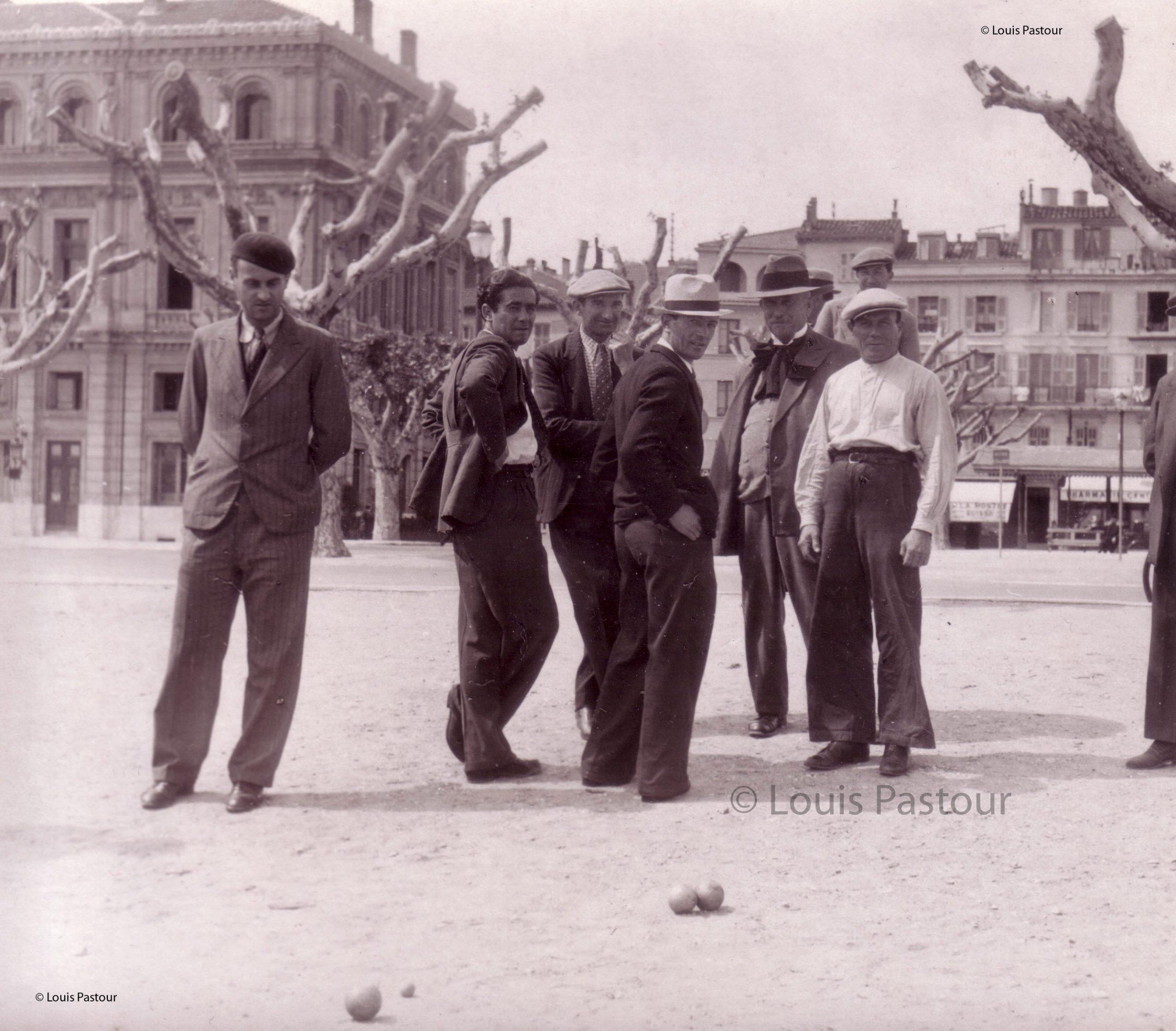 école des Beaux Arts au quartier historique le Suquet à Cannes
